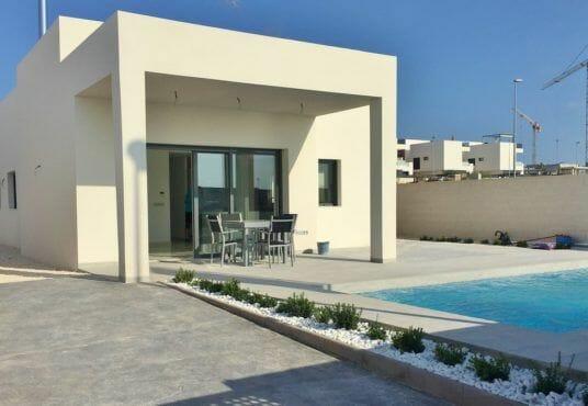 Villa kopen in Spanje aan de Costa Blanca