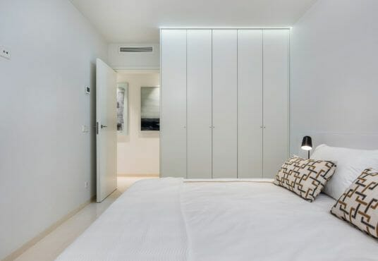 Luxe appartement met zeezicht kopen Torrevieja