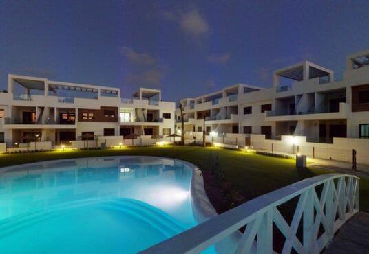 Appartement kopen Torrevieja - zwembad Laguna Beach
